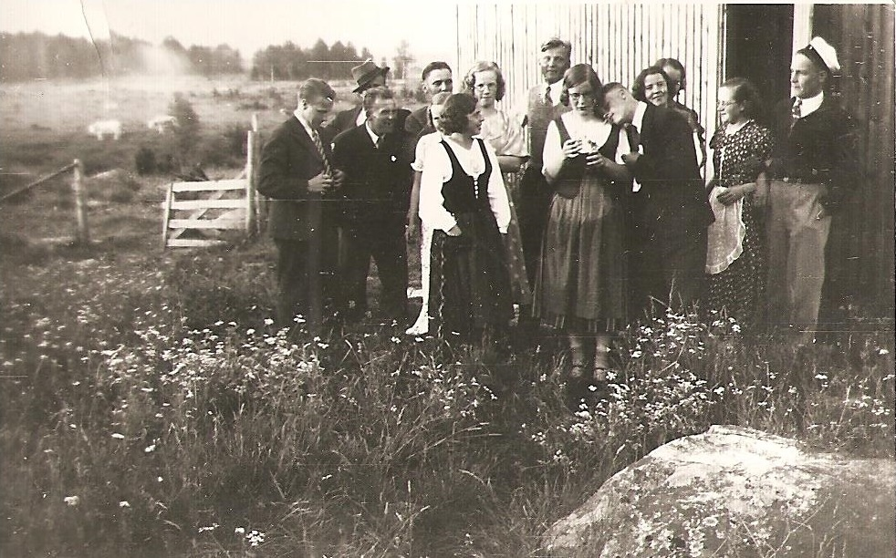 1935-nurkkatanssit-ikolassa