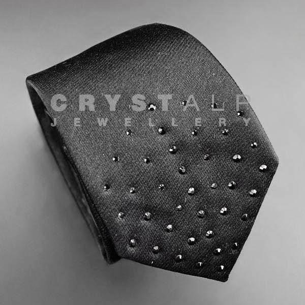 crystalp-solmio-musta