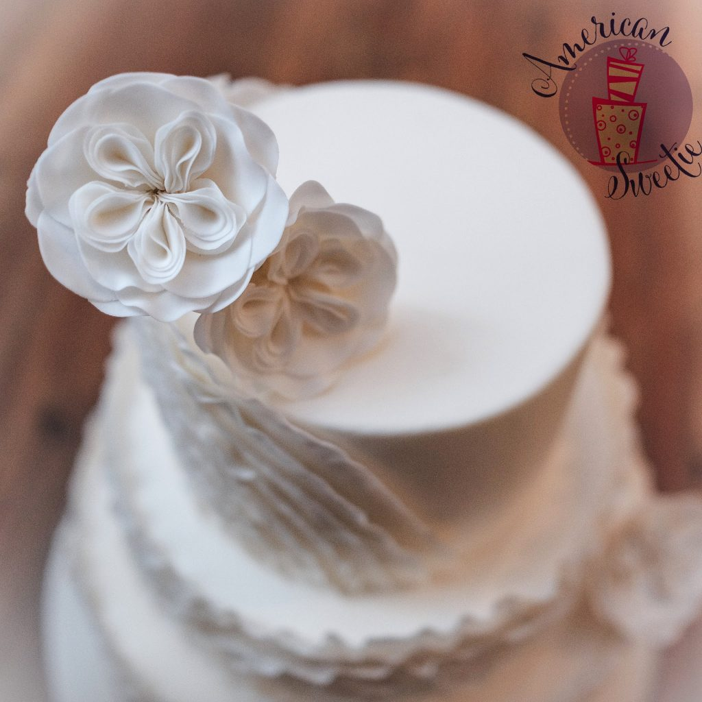 white-frills-wedding-cake-1
